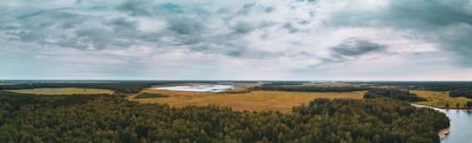 Powietrzny panoramiczny widok ziemia jeziora, Rosja, Południowy Ural fotografia royalty free