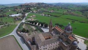 Powietrzny teledysk Treia, Marche -, Włochy zbiory