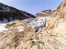 Powietrzny truteń Nigardsbreen lodowiec w Nigardsvatnet Jostedalsbreen parku narodowym w Norwegia w słonecznym dniu Obraz Royalty Free