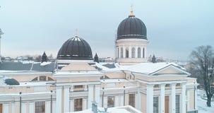 Powietrzny trutnia materiał filmowy Preobrazhensky Katedralny Odessa w zima czasie zdjęcie wideo