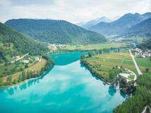 Powietrzny trutnia widok nad Najwięcej na Soci jeziora, Slovenia zdjęcie royalty free