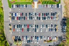Powietrzny trutnia widok ruchliwie korporacyjny parking fotografia royalty free
