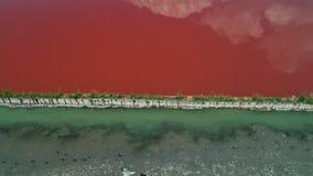 Powietrzny trutnia widok solankowe niecki, saltworks blisko Burgas, Bułgaria zdjęcie wideo