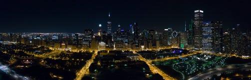 Powietrzny W centrum Chicago przy nocą fotografia royalty free