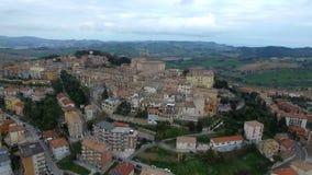 Powietrzny wideo - Pollenza, Antyczny miasto w Marche Włochy zdjęcie wideo