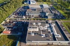 Powietrzny wiew samochodowego handlowa centrum Zdjęcie Stock