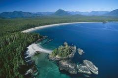 Powietrzny wizerunek Vargas wyspa, Tofino, BC, Kanada fotografia royalty free