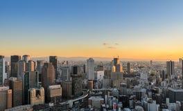 Powietrzny zmierzchu widok pejzażu miejskiego biznesowy śródmieście w Osaka, Japonia Obraz Stock
