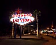 Powitanie Las Vegas znak przy nocą - Las Vegas, Nevada, usa Obrazy Stock