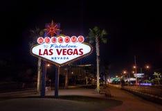 Powitanie Las Vegas znak przy nocą - Las Vegas, Nevada, usa Zdjęcie Stock