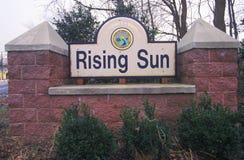 Powstającego słońca miasta znak, Cecil okręg administracyjny, Maryland Zdjęcie Stock