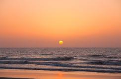 powstający słońce zdjęcie stock