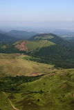 powulkaniczni łańcuszkowi Auvergne kratery Zdjęcia Stock