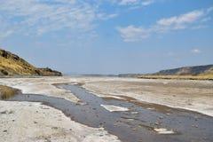 Powulkaniczni krajobrazy przy Jeziornym Magadi, Kenja zdjęcie stock