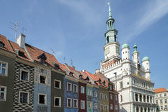 POZAN, POLAND/EUROPE - 16 ΣΕΠΤΕΜΒΡΊΟΥ: Υπόλοιπος κόσμος του πολύχρωμου σπιτιού στοκ εικόνα