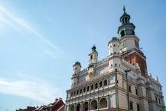 POZAN, POLAND/EUROPE - 16 DE SETEMBRO: Cidade Hall Clock Tower em P imagem de stock royalty free