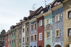 POZAN, POLAND/EUROPE - 16. SEPTEMBER: Reihe des mehrfarbigen Hauses lizenzfreies stockbild