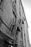 pozatym ucieczka dom ognia wiodącą metalu nowoczesnych schody Obrazy Stock