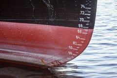 Pozioma wody pomiar na wysyłki łodzi zdjęcie stock