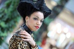 POZNÁN - 26 DE ABRIL: Mire el foro Poznán 2014 de la moda de la belleza Foto de archivo