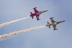 POZNAN POLEN - JUNI 14: Aerobatic gruppbildande Arkivbilder