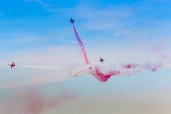 POZNAN POLEN - JUNI 14: Aerobatic gruppbildande Royaltyfri Fotografi