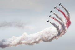 POZNAN POLEN - JUNI 14: Aerobatic gruppbildande Arkivfoto