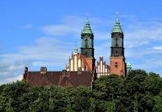 Poznan-Polen Ostrow Tumski - domkyrka Arkivbild