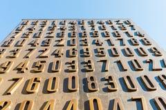 Poznan POLEN - September 06, 2016: Monument av polska cryptologists (Enigma Codebrakers) arkivfoto