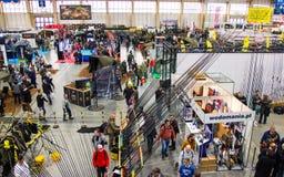 Poznan, Polonia - 10 febbraio 2018: Vista superiore panoramica del padiglione di mostra, Rybomania, in Polonia Mostre, partecipan Immagini Stock
