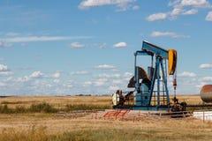 Pozo de petróleo imagen de archivo