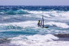 风帆冲浪在Gran Canaria。 免版税库存照片