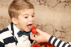 Pozytywna chłopiec zdjęcia stock