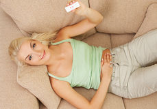 pozytywny ciążowy test Fotografia Royalty Free