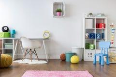 Pozytywny pokój dla dzieciaków Obrazy Stock