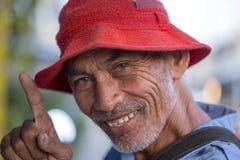 Pozytywny portret tajlandzki mężczyzna w ulicznym rynku, zamyka up bangkok Thailand Obraz Royalty Free