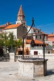 Pozzo d'acqua in Zadar Fotografie Stock