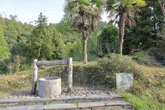 Pozzo tradizionale cinese del parco del sixiyancun in contea wuyuan, adobe rgb fotografie stock