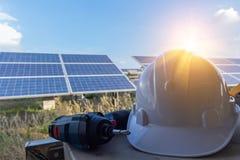 PPE ed attrezzatura per i sistemi solari di manutenzione immagine stock libera da diritti