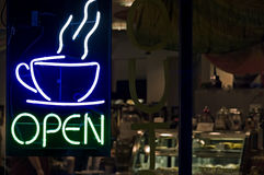 öppet kaffe shoppar Fotografering för Bildbyråer
