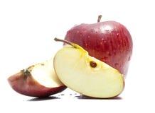 äpplet klipper två Royaltyfria Foton