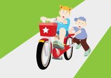 Práctica de la bicicleta Fotos de archivo libres de regalías
