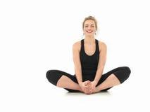 Práctica de la yoga del principiante Foto de archivo libre de regalías