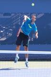 Prácticas profesionales de Marin Cilic del jugador de tenis para el US Open 2014 Imágenes de archivo libres de regalías