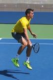 Prácticas profesionales de Milos Raonic del jugador de tenis para el US Open 2014 Imagen de archivo libre de regalías