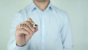 Préstamo Aprobado,贷款批准的文字用在玻璃的西班牙语 股票视频
