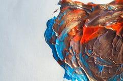 Präglad bakgrund av blandad turkos och apelsinen På pappers- vit arkivfoton