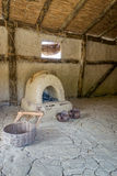 Prähistorischer Innenraum stockbild