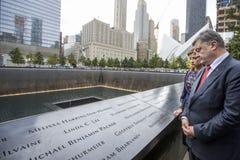 Präsident Petro Poroshenko an World Trade Center-Bodennullpunkt mem Stockfotos