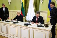 Präsidenten Petro Poroshenko und Dalia Grybauskaite Stockfoto